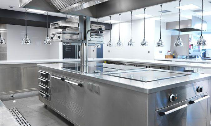 Como equipar cocina de restaurante